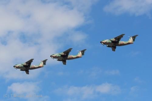 2014入間基地航空祭:C-1編隊