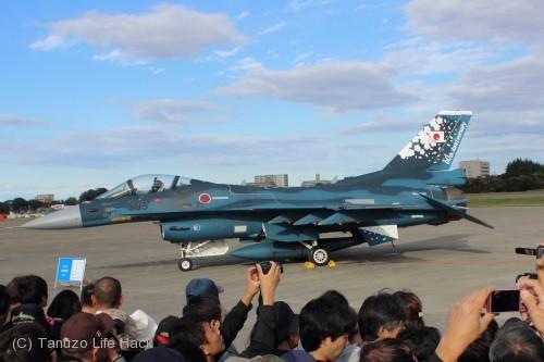 2014入間基地航空祭:F-2 60周年記念塗装