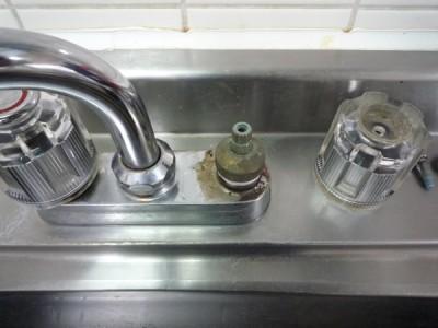 Panasonic食洗機(NP-TR3):ハンドル部分の取り外し