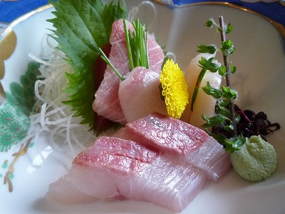 県民共済披露宴の食事:刺身