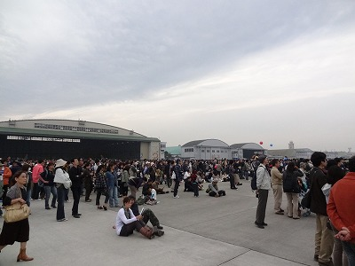 入間基地航空祭の混雑状況